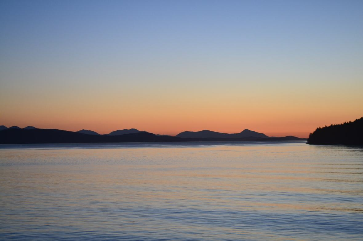 dusk sunset over the gulf islands in the Salish Sea
